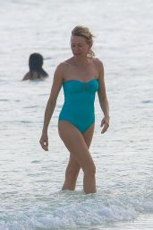 Naomi Watts in Swimsuit - Cancun - 1/1/ 2017