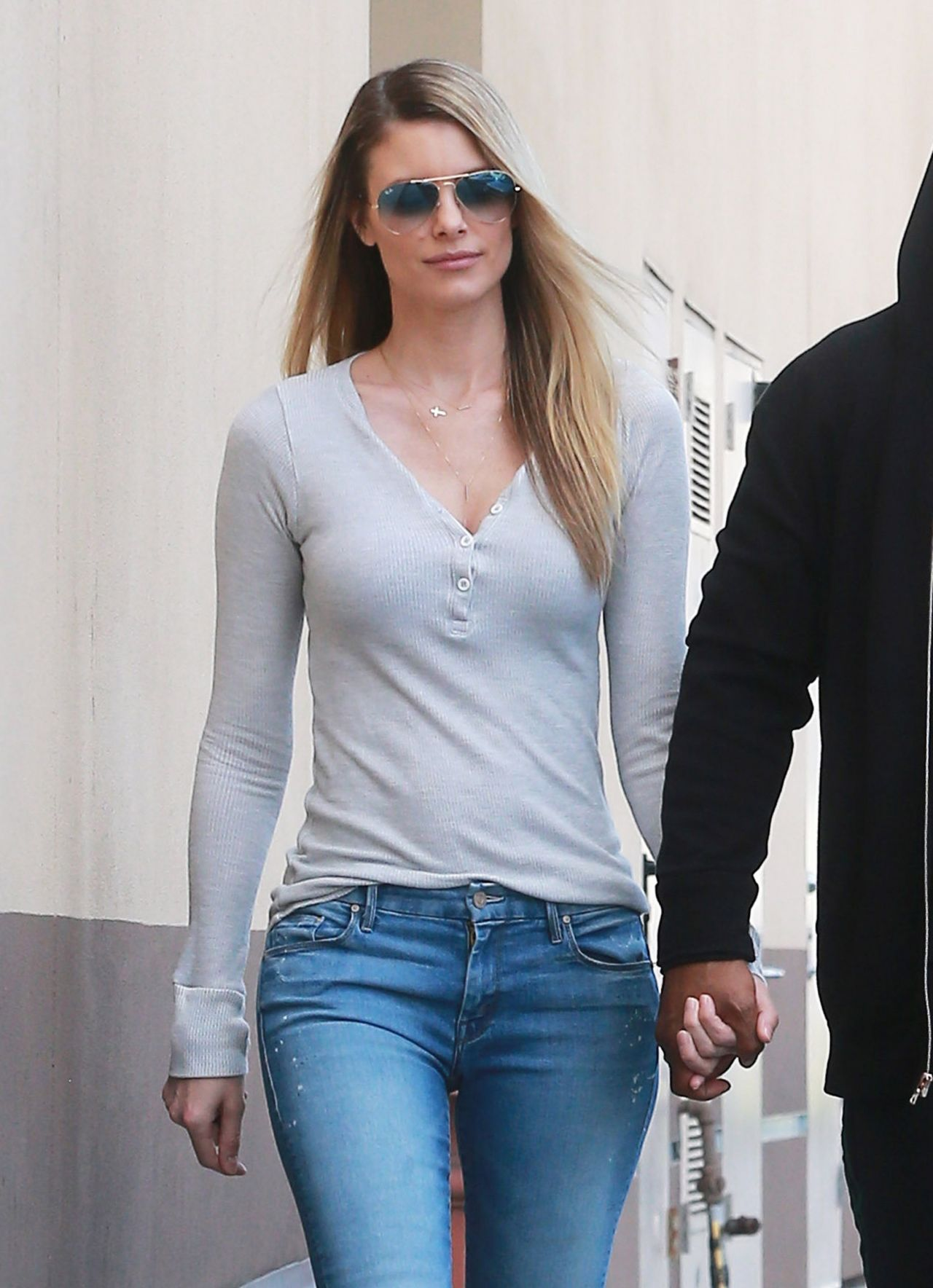 Paige Butcher - Stopping to Get Some Coffee in Studio City, January 2017