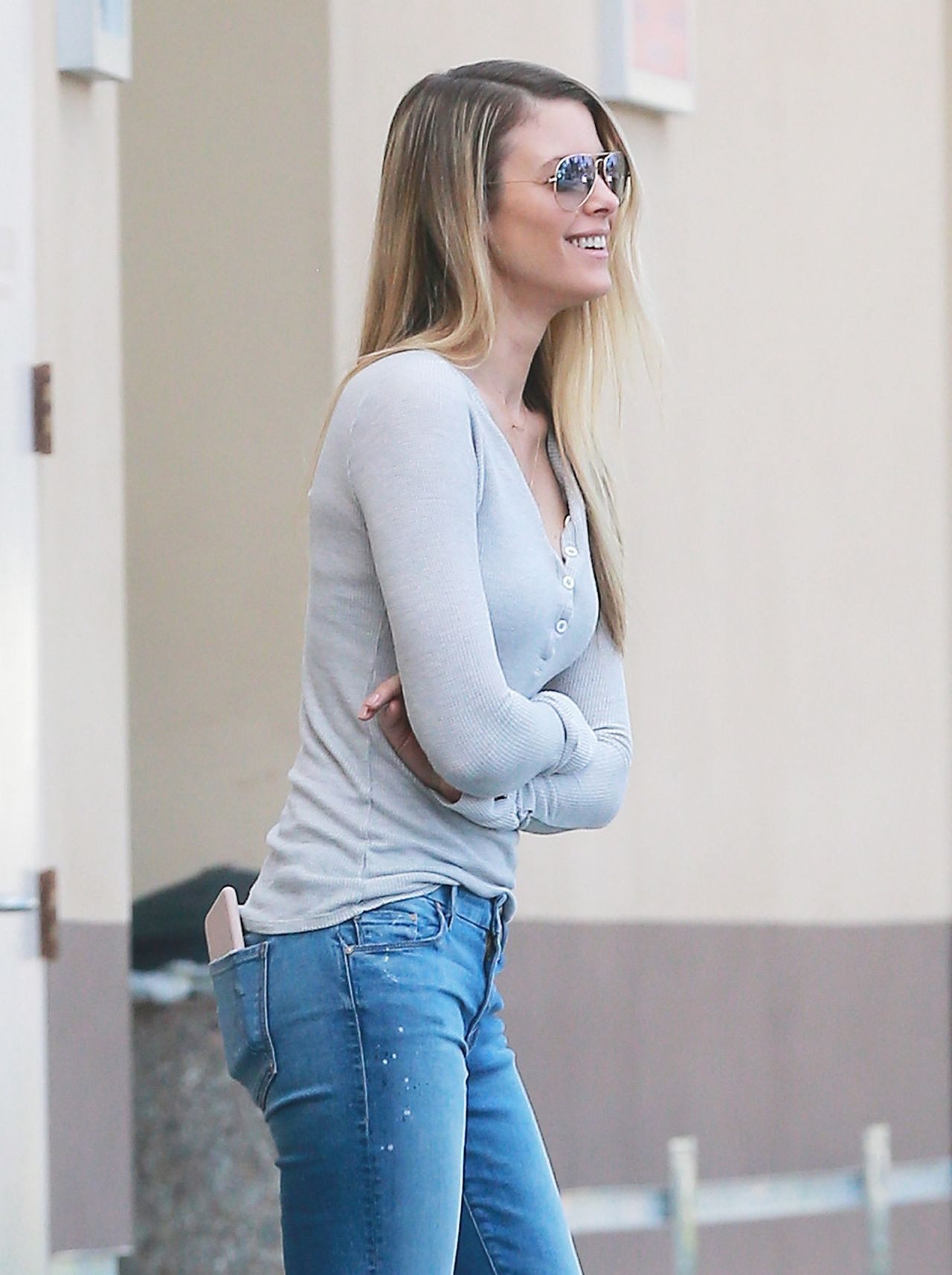 Paige Butcher Stopping To Get Some Coffee In Studio City
