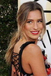 Renee Bargh – Golden Globe Awards in Beverly Hills 01/08/ 2017