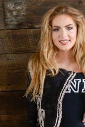 Saxon & Brighton Sharbino - The Indie Lounge Hosts the Artists Project