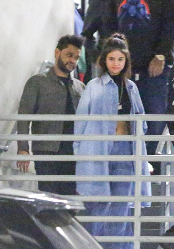 Selena Gomez and The Weeknd - Leaving Dave & Buster
