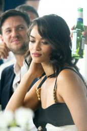 Shanina Shaik at Peroni Lunch at Sorrento Baths in Melbourne 1/13/ 2017