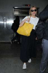 Sienna Miller at LAX Airport in Los Angeles 01/05/ 2017