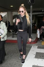 Sophie Turner - Arrives at LAX Airport in Los Angeles 1/4/ 2017