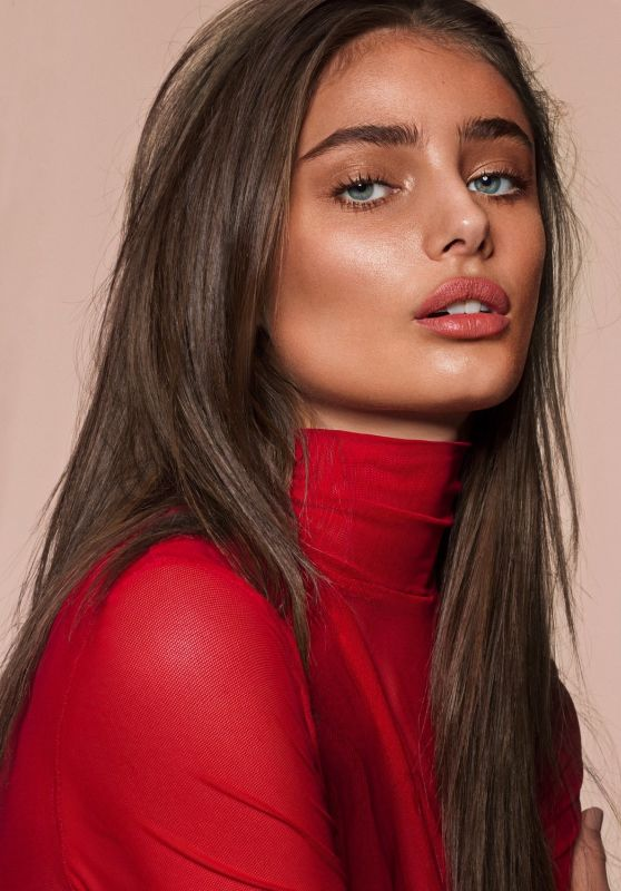 Taylor Hill - Photoshoot for Sunday Times Style 2017