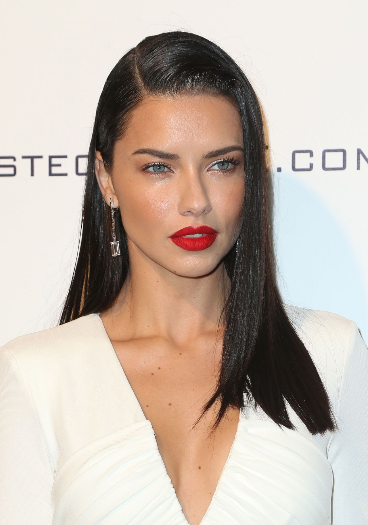 Adriana Lima Elton John Aids Foundation S Academy Awards 2017 Viewing Party Part Ii