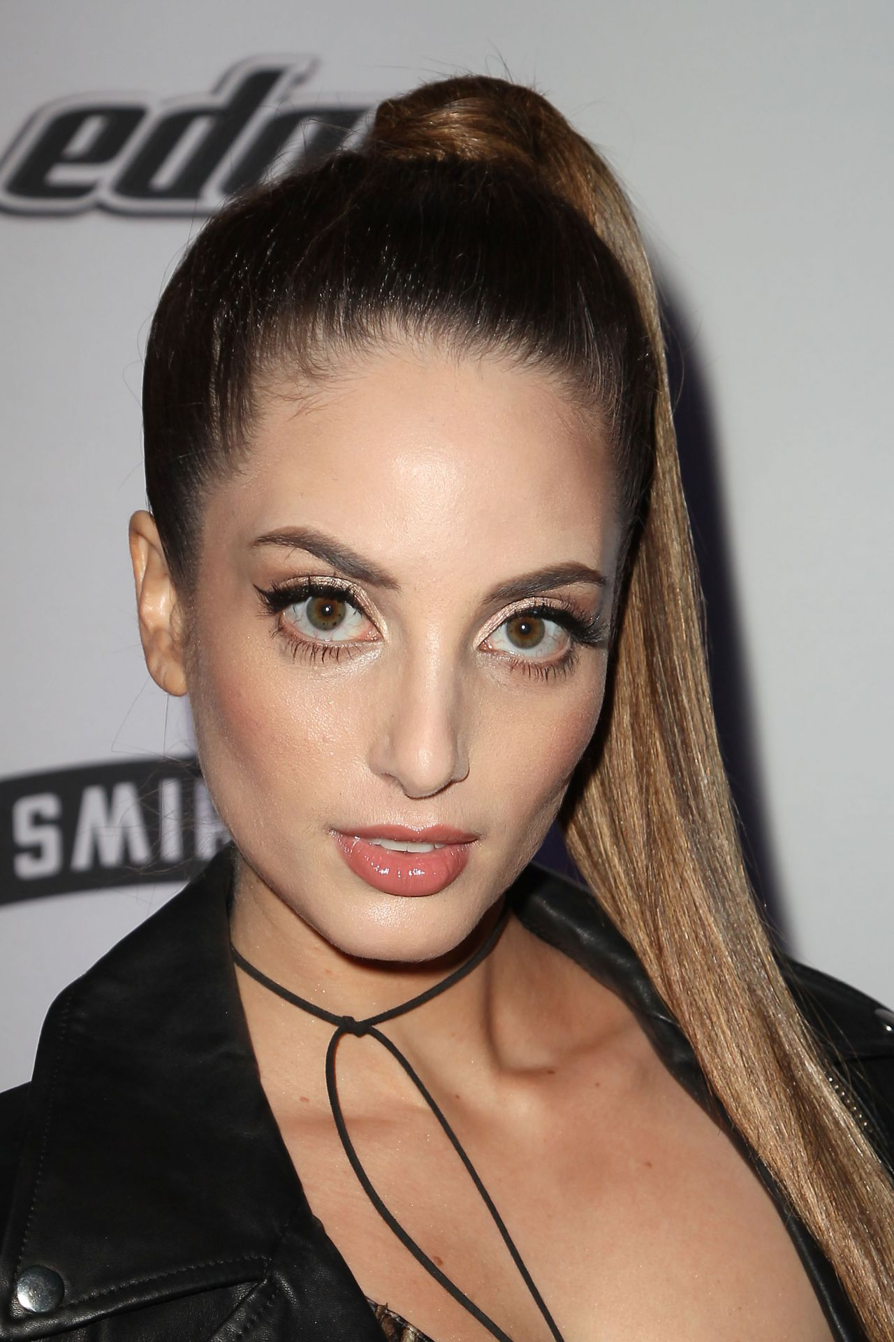 pictures Alexa ray joel portrait in new york to promote her show