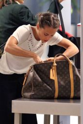 Alicia Vikander Jetting Out of Cape Town off to the Oscars 2/24/ 2017