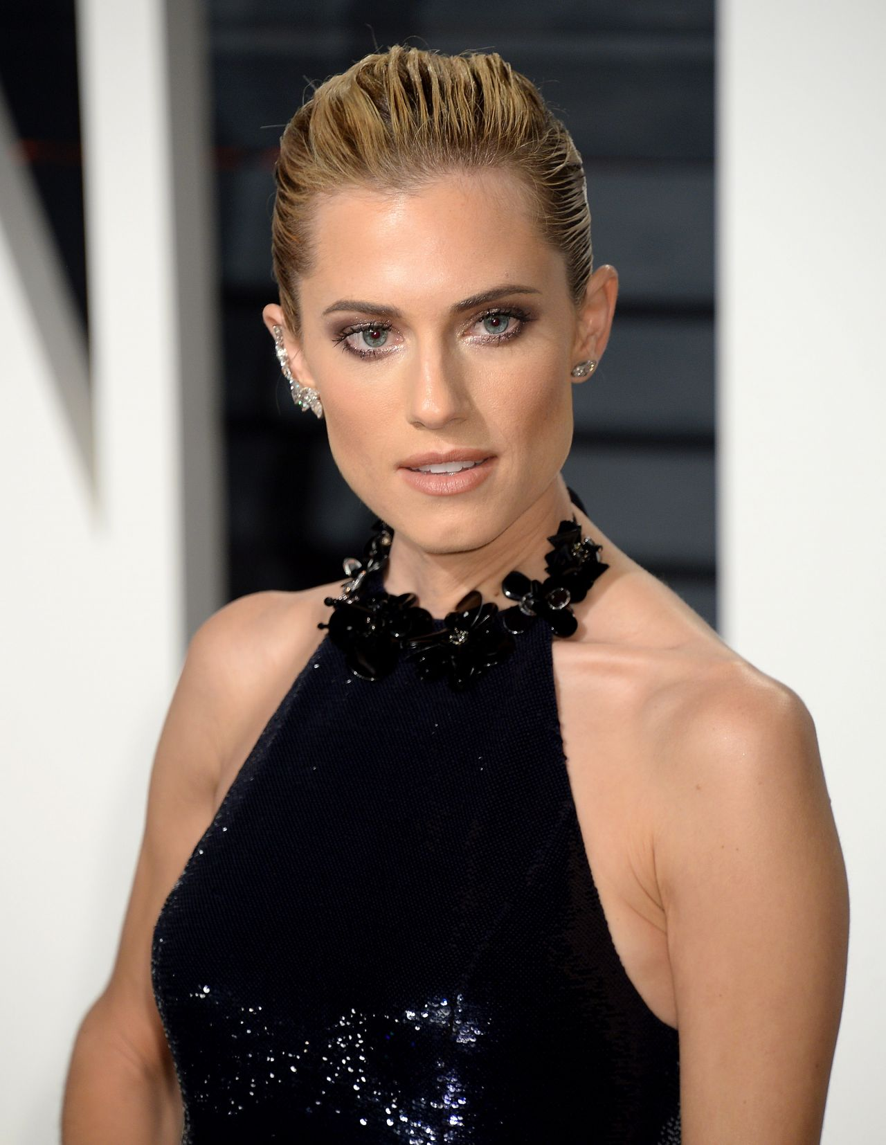 Allison Williams Latest Photos Celebmafia