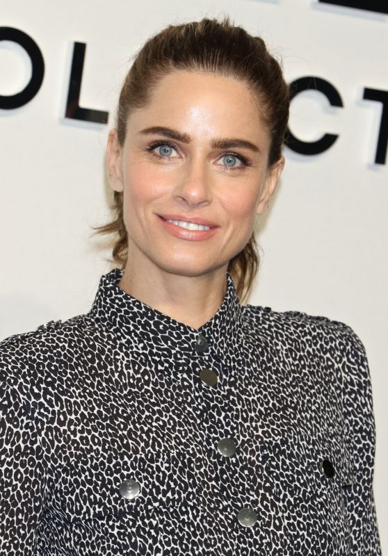 Amanda Peet – Michael Kors Fashion Show in New York 2/15/ 2017