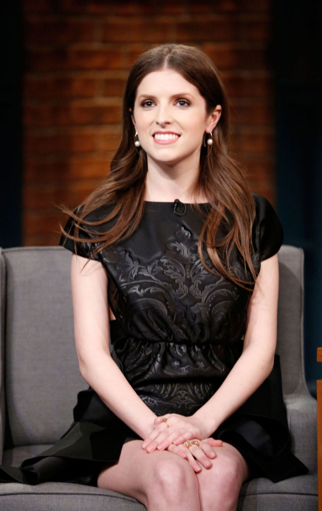 Anna Kendrick - Late Night With Seth Meyers 2/20/ 2017 Anna Kendrick