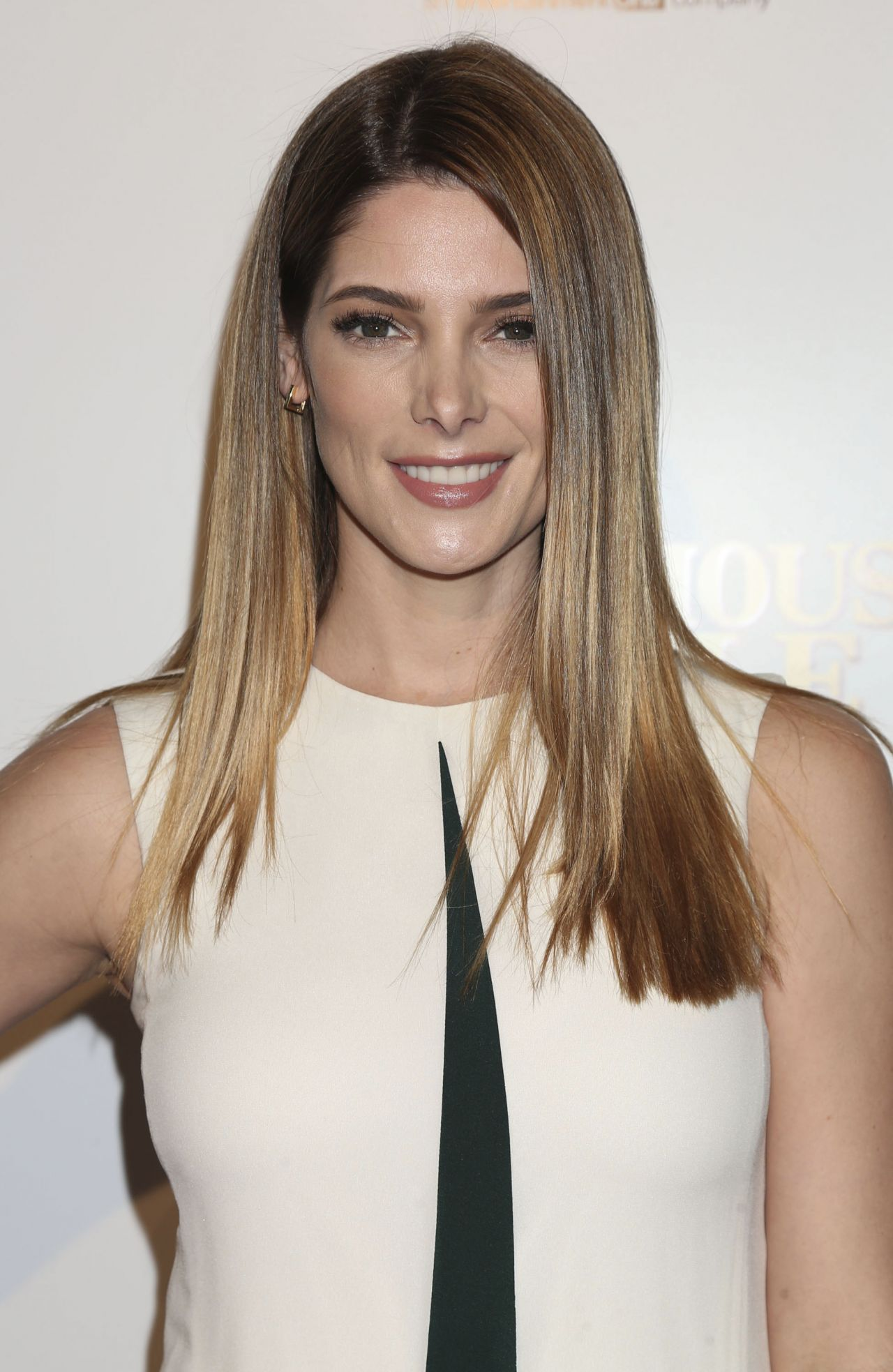 Ashley Greene - 'In Du...