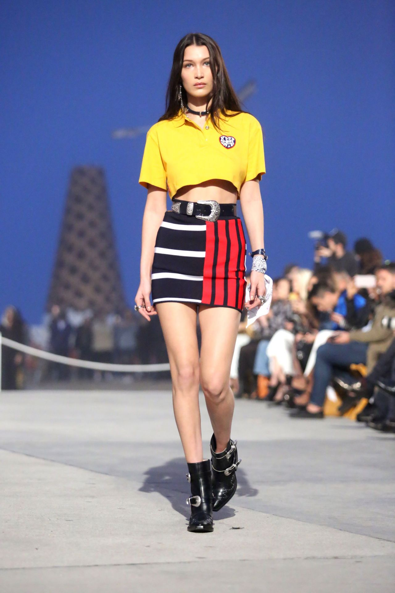 images Gigi hadid tommyland tommy hilfiger spring 2019 fashion show in venice ca 282019