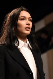 Blla Hadid Supermodel Runway Walk at Milan Fashion Week - Fendi Show 2/23/ 2017