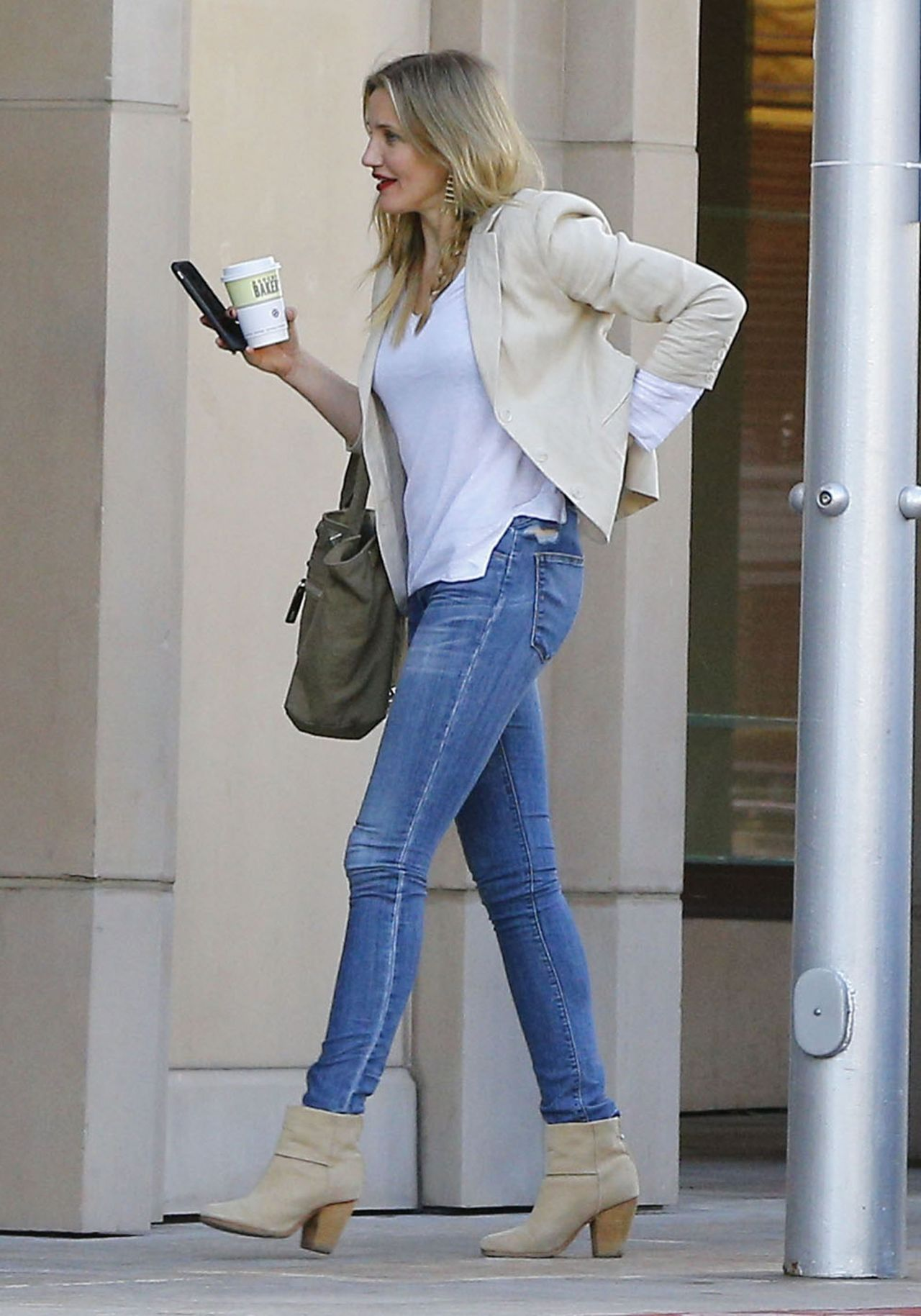 Cameron Diaz - Casual Style