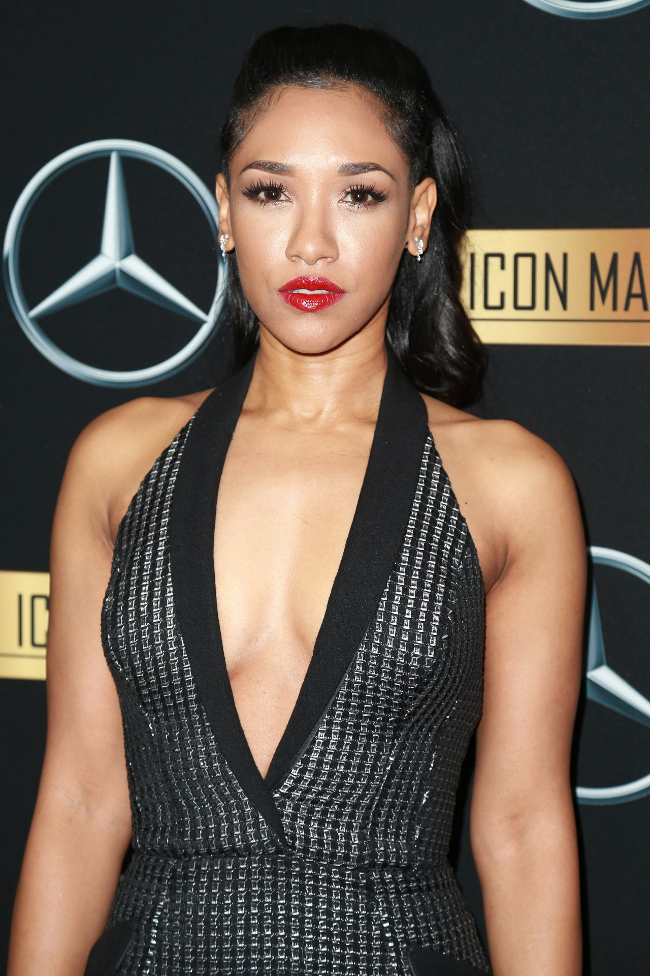 Candice Patton Mercedes Benz Icon Mann 2017 Academy