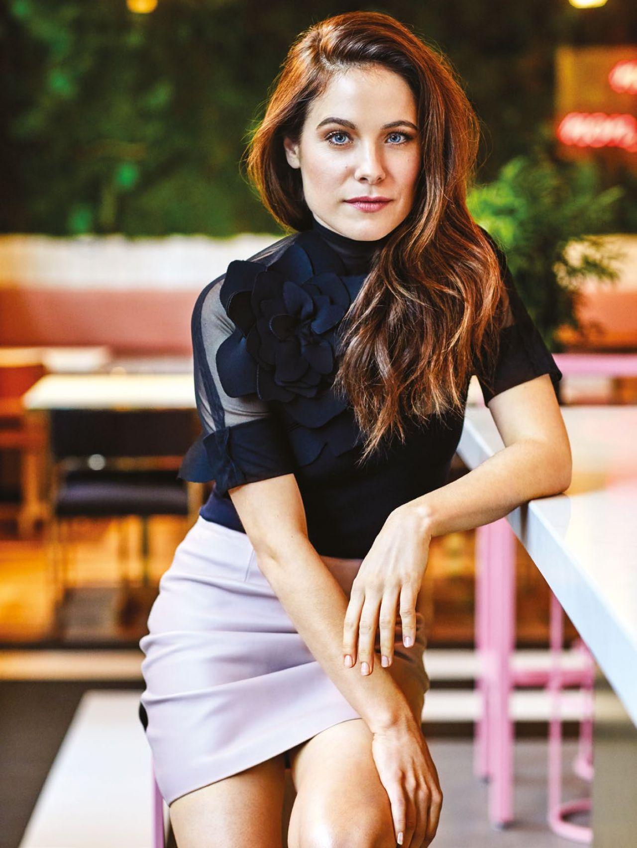 Caroline Dhavernas Chatelaine Magazine March 2017 Photos