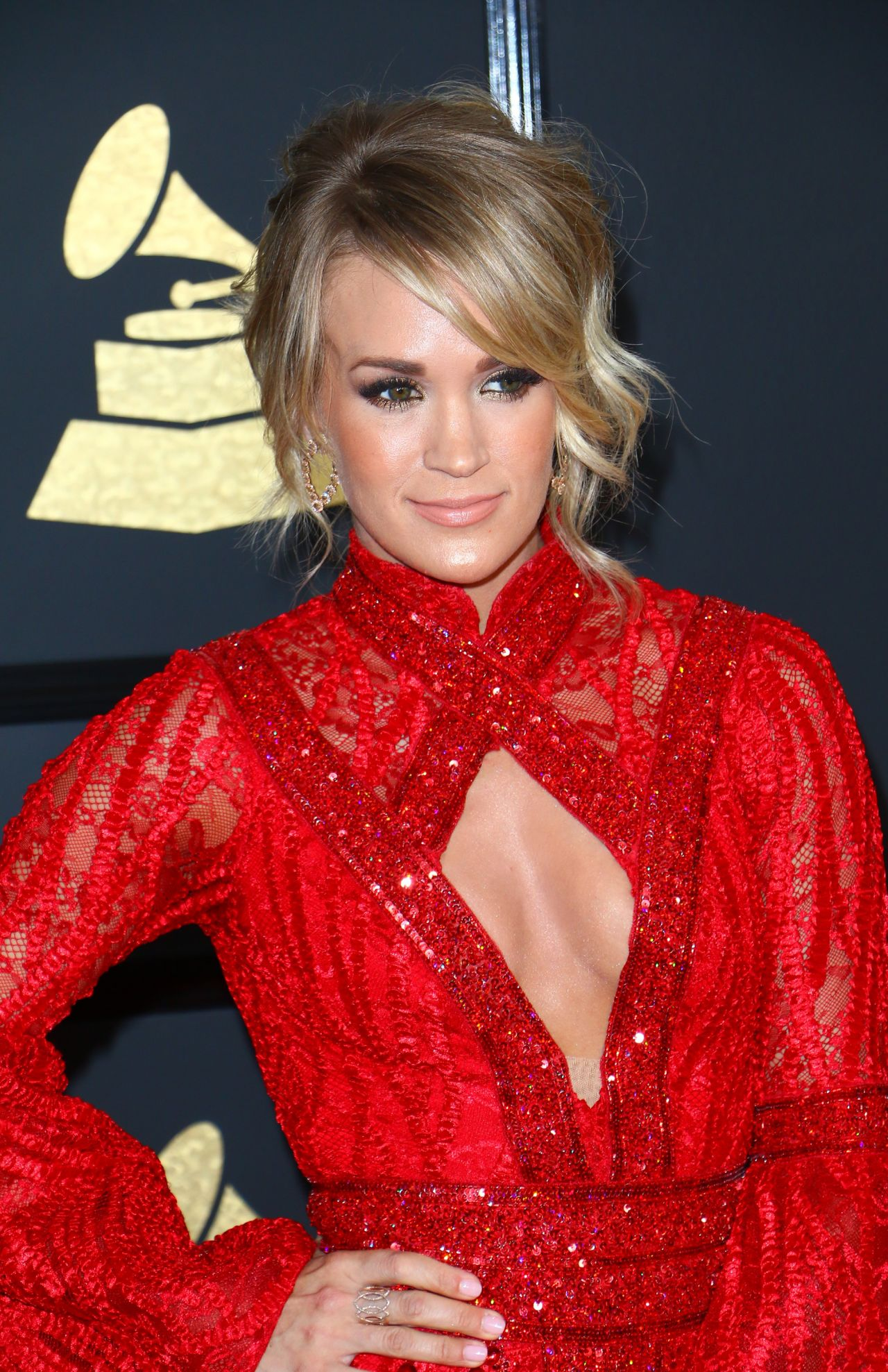 Carrie Underwood On Red Carpet Grammy Awards In Los