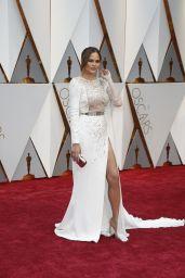 Chrissy Teigen – Oscars 2017 Red Carpet in Hollywood