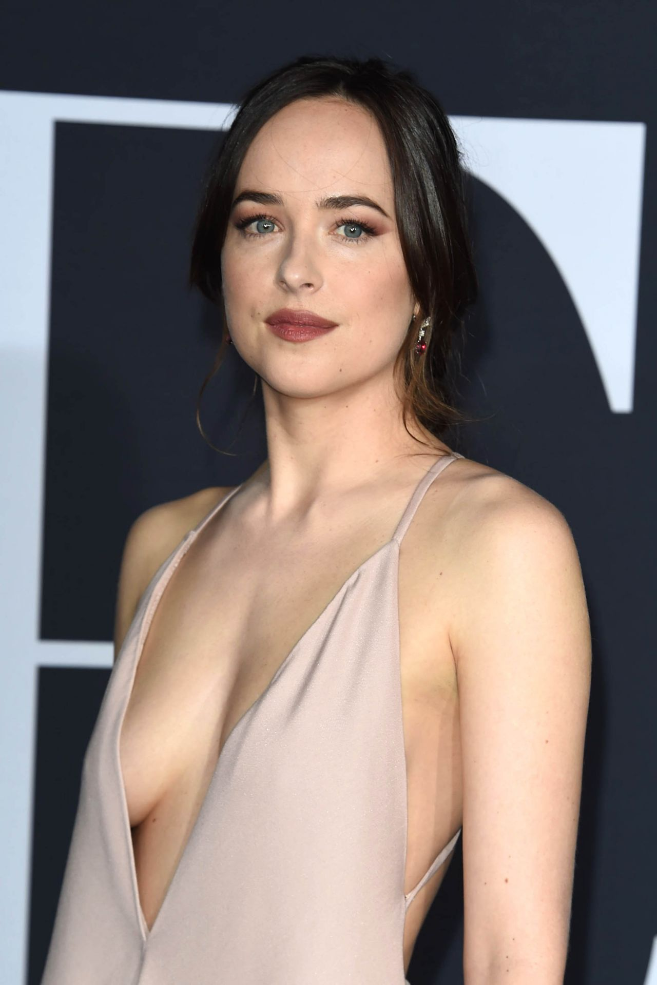 The Fifty Shades Darker premiere nearly had a nip slip on