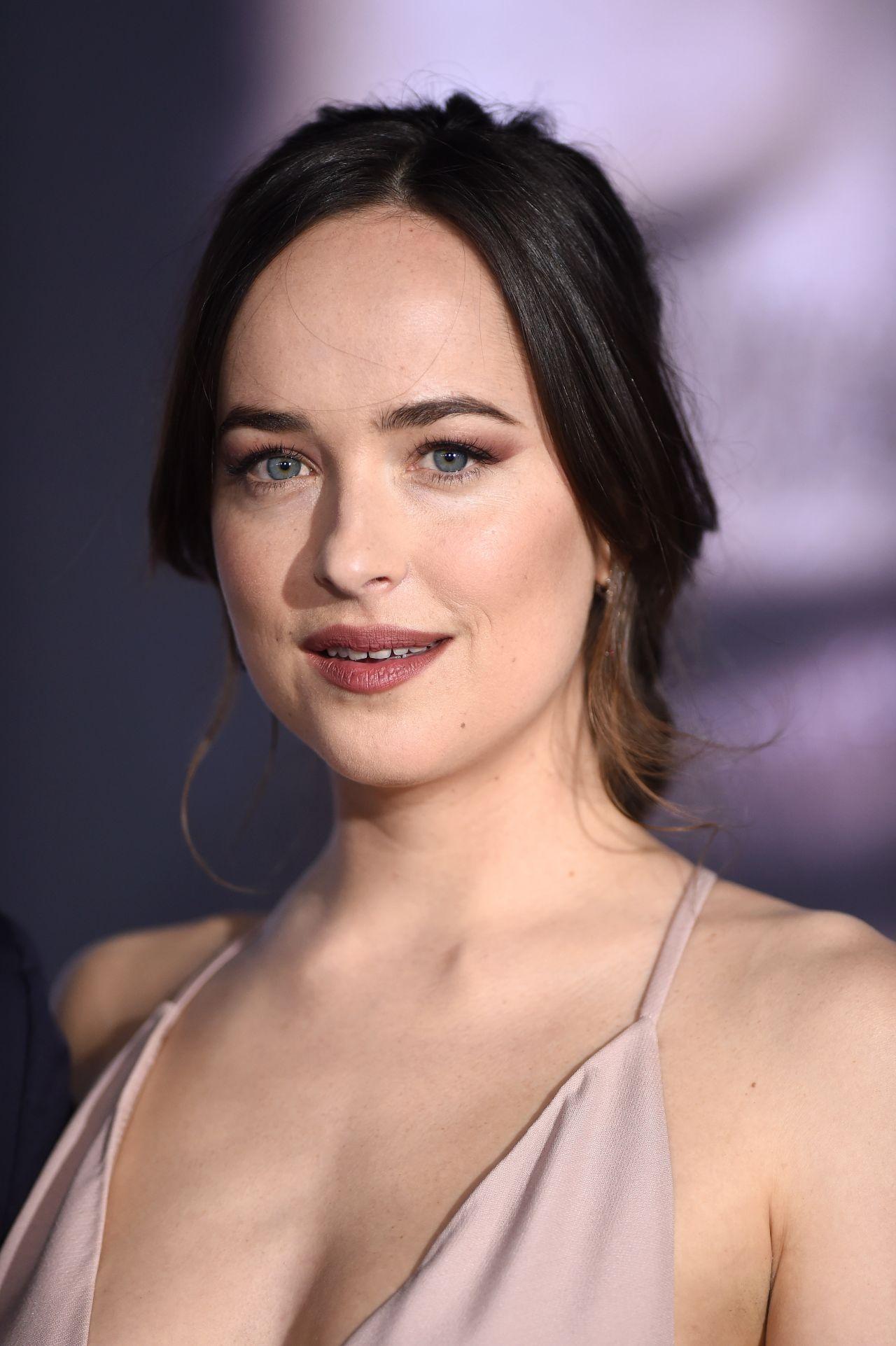 Dakota Johnson Fifty Shades Darker Premiere In Los