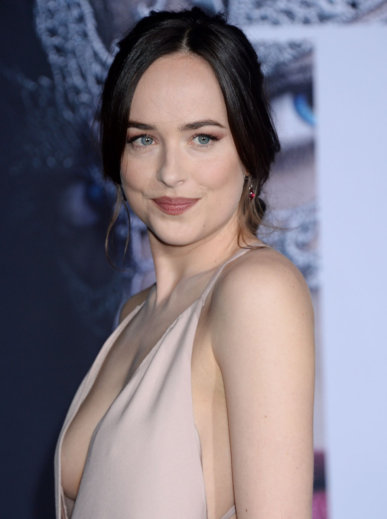 Dakota Johnson Fifty Shades Darker Premiere In Los