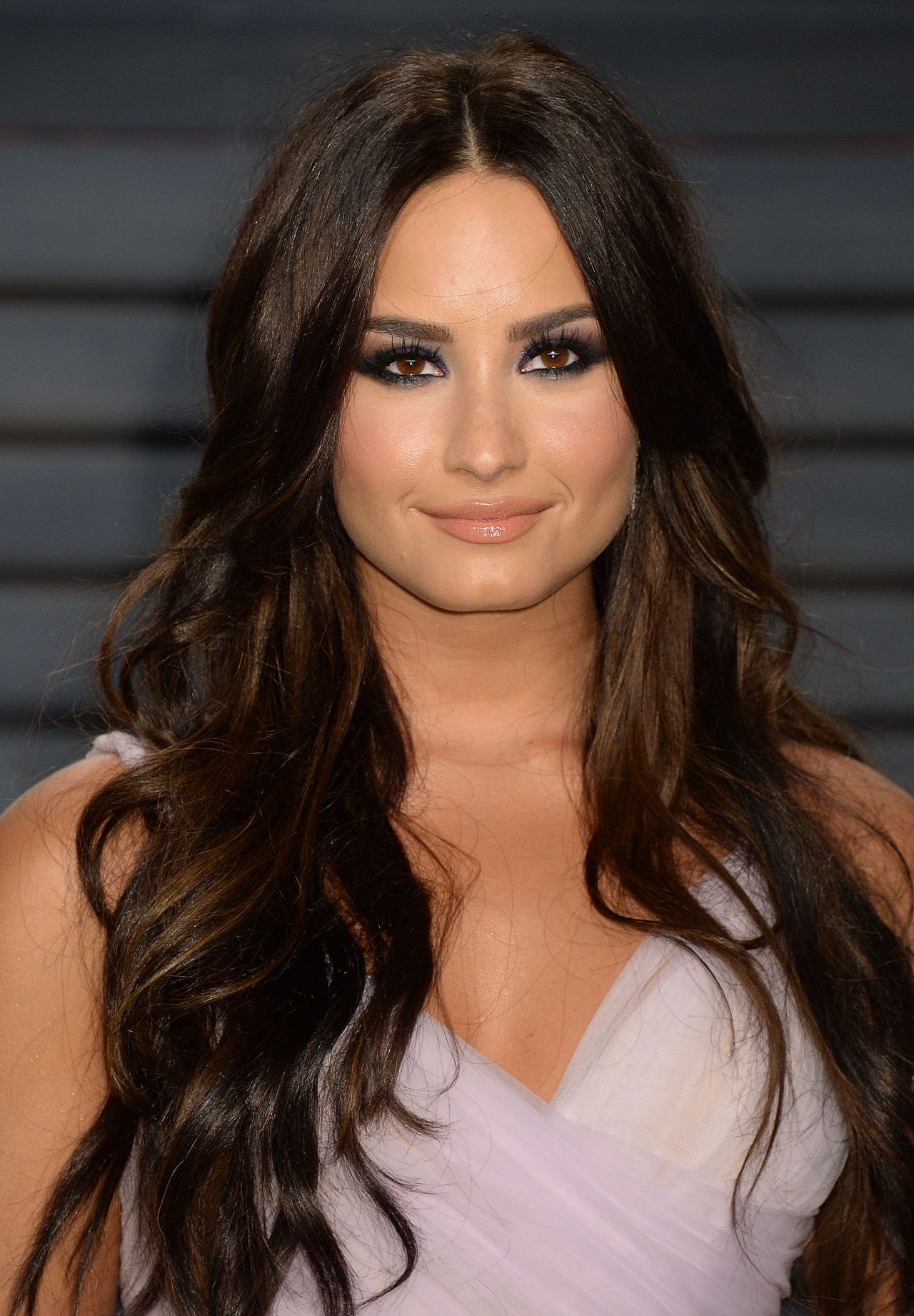 Demi Lovato At Vanity Fair Oscar 2017 Party In Los Angeles -8328
