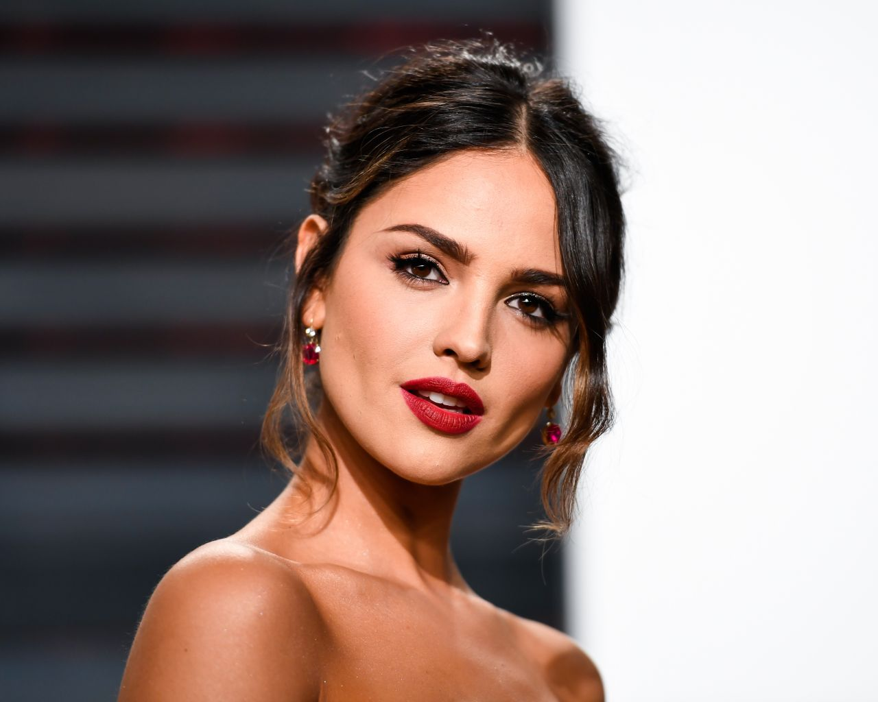 Eiza Gonzalez At Vanity Fair Oscar 2017 Party In Los Angeles