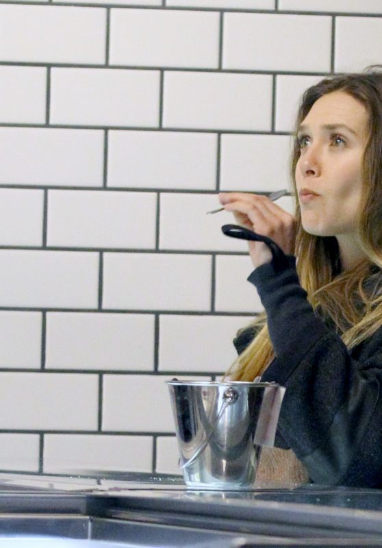 Elizabeth Olsen - Samples Ice Cream at McConnell