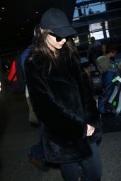 Emily Ratajkowski at LAX International Airport in Los Angeles 2/22/ 2017