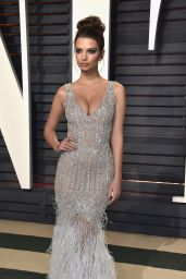 Emily Ratajkowski at Vanity Fair Oscar 2017 Party in Los Angeles