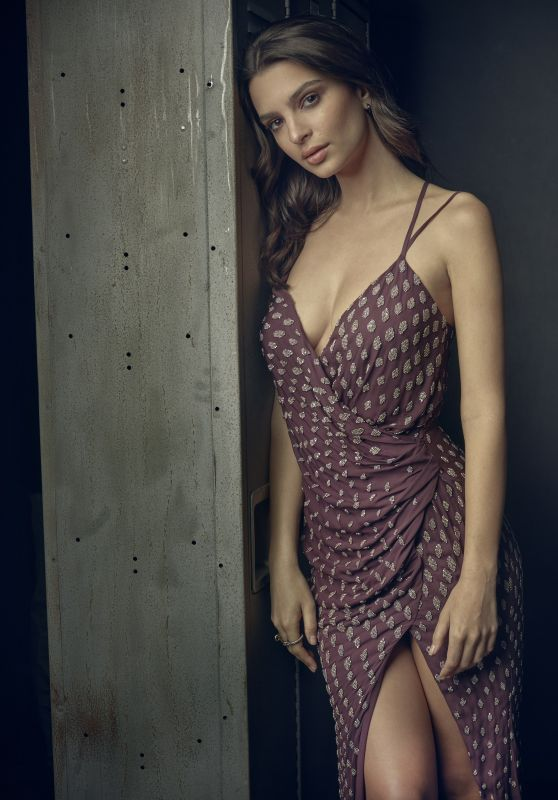 Emily Ratajkowski - Vanity Fair Super Bowl Party Portrait 2/4/ 2017