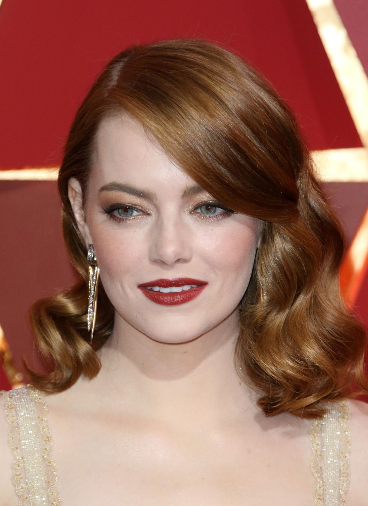Emma Stone – Oscars 2017 Red Carpet in Hollywood Emma Stone