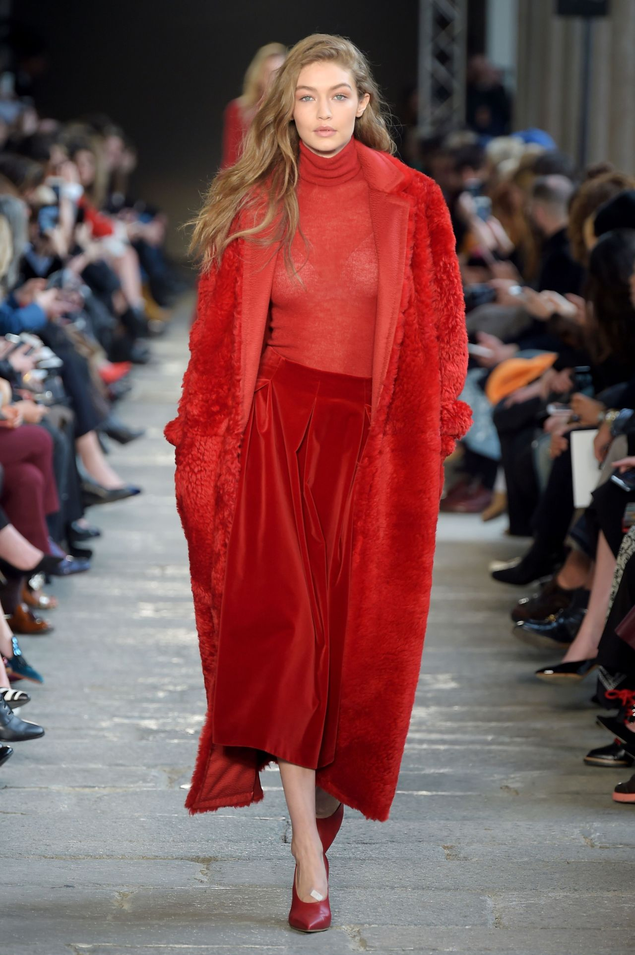 Gigi Hadid In Milan Fashion Week