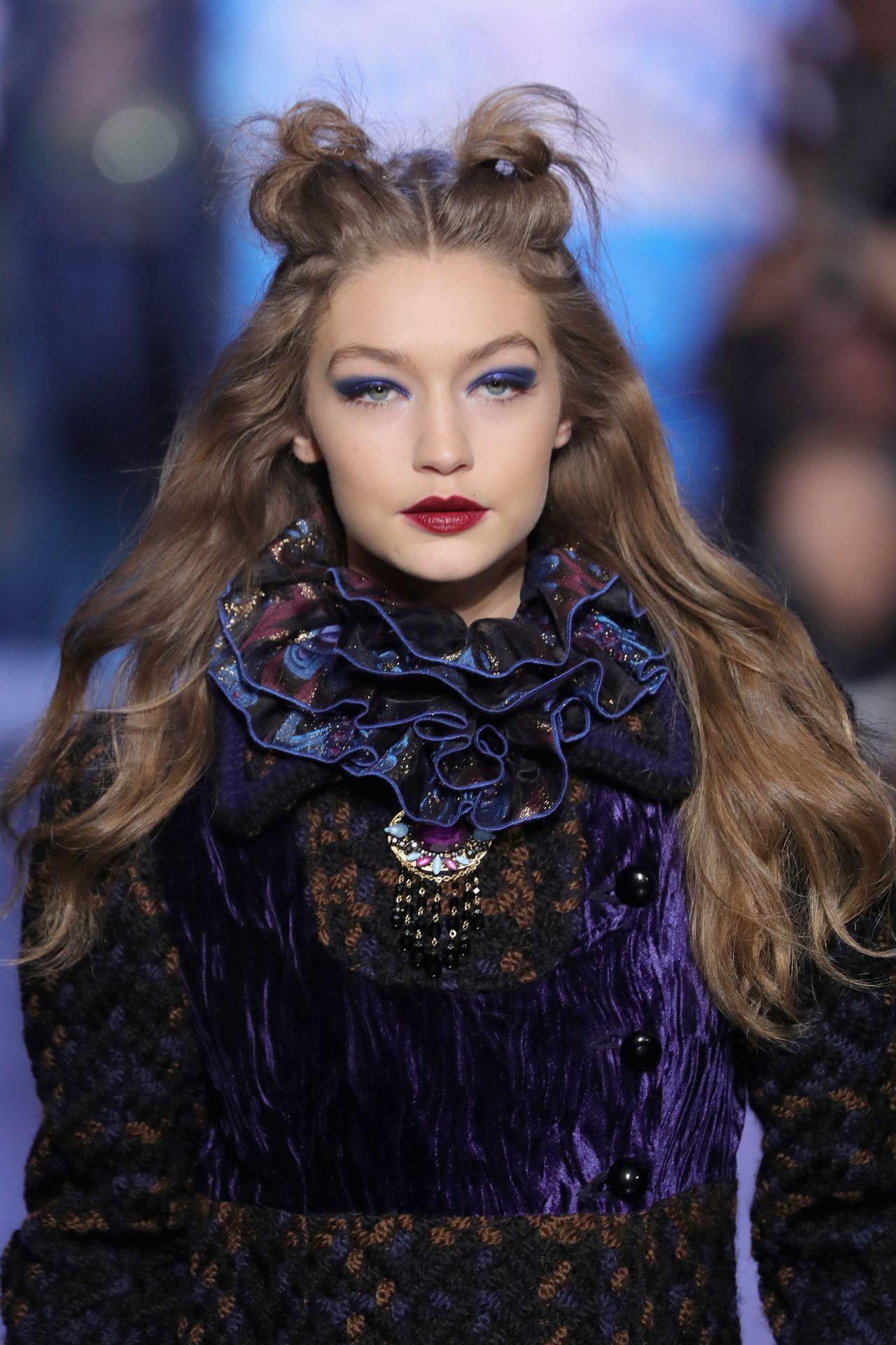 Gigi Hadid Supermodel Runway Walk Anna Sui Fashion Show