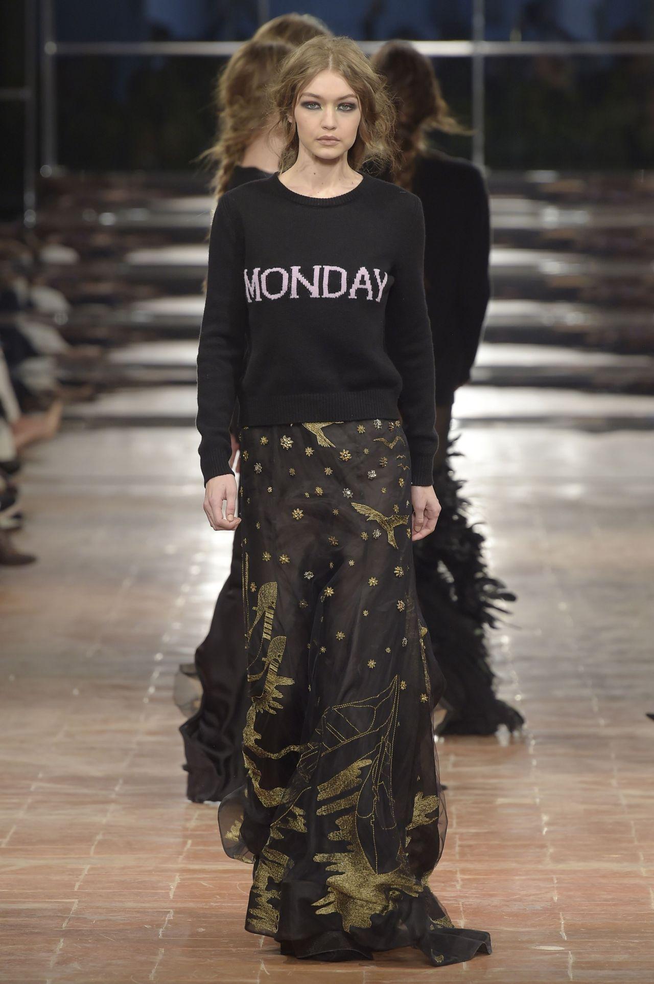 Gigi Hadid Supermodel Runway Walk At Milan Fashion Week