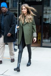 Gigi Hadid Urban Outfit - Leaving Her Apartment in New York City 02/05/ 2017