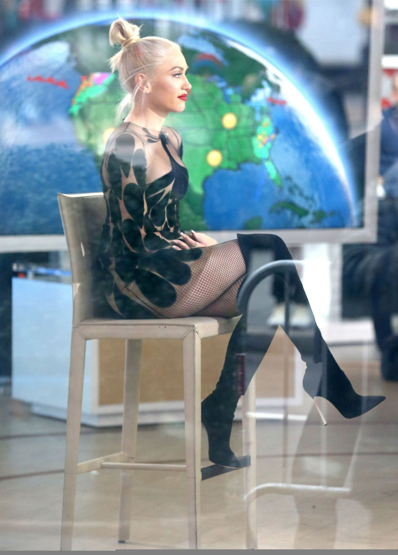 Gwen Stefani Appeared on Today Show in New York City 2/15 ...