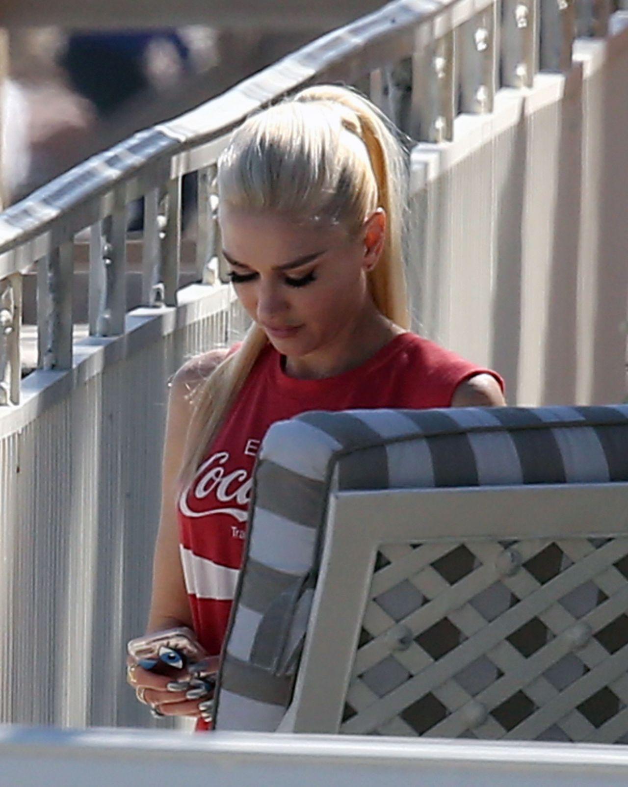 Gwen Stefani at a Hotel in Palm Beach 2/11/ 2017