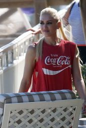 Gwen Stefani at a Hotel in Palm Beach 2/11/ 2017