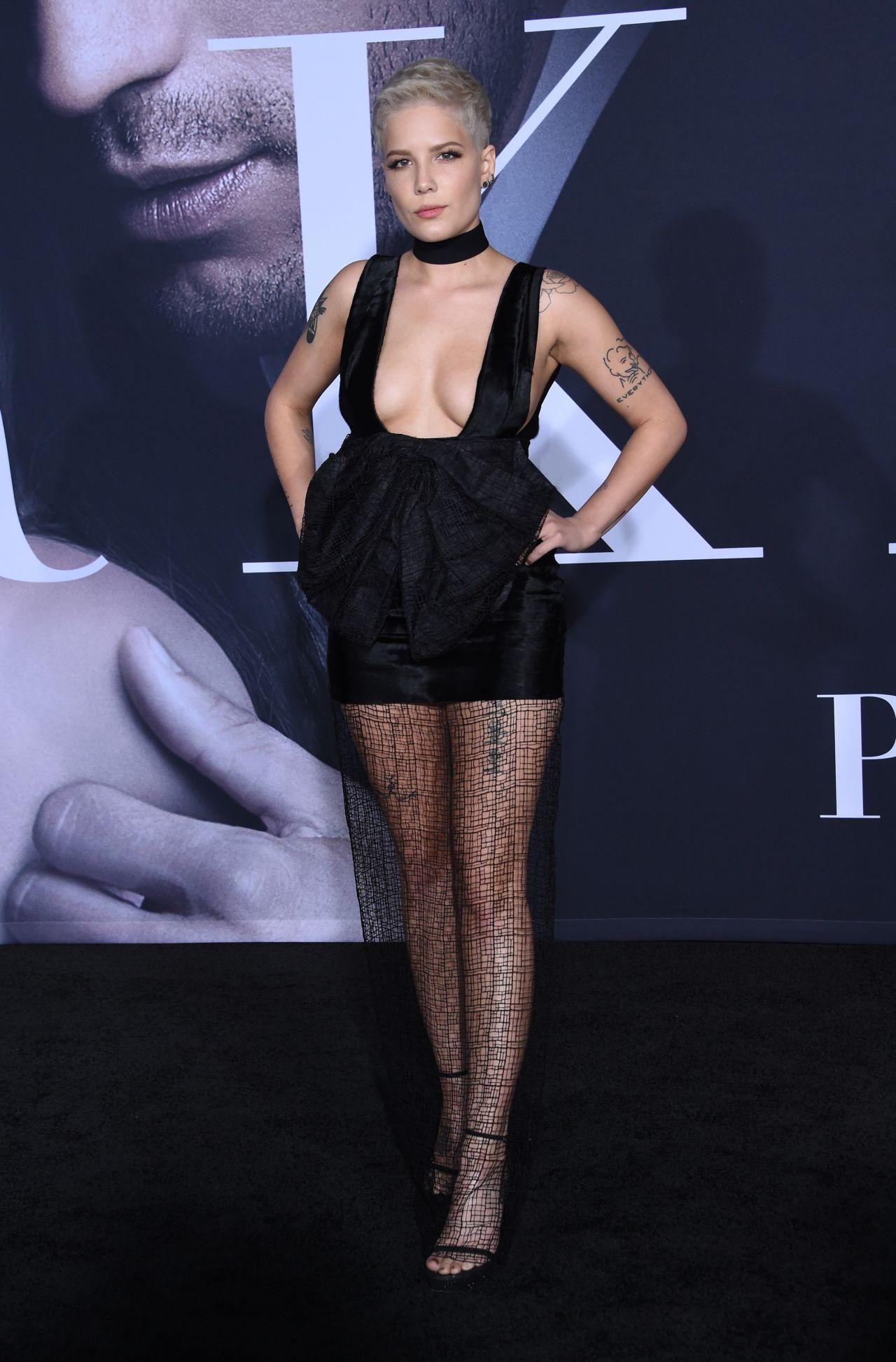 Halsey Fifty Shades Darker Premiere In Los Angeles 2 2