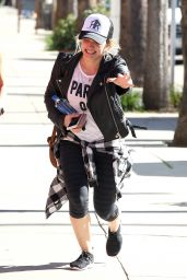 Hilary Duff Going to a Gym in Studio City 1/30/ 2017