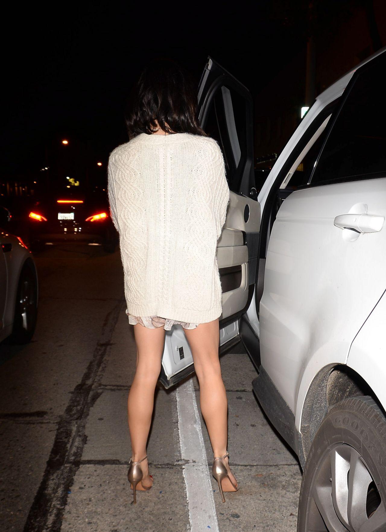 Jenna Dewan Shows Off Her Toned Legs Jessica Bie S Au