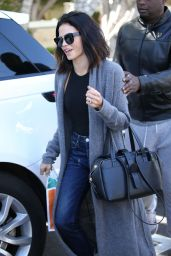 Jenna Dewan - Stops by Melrose Place in West Hollywood, Feb. 2017
