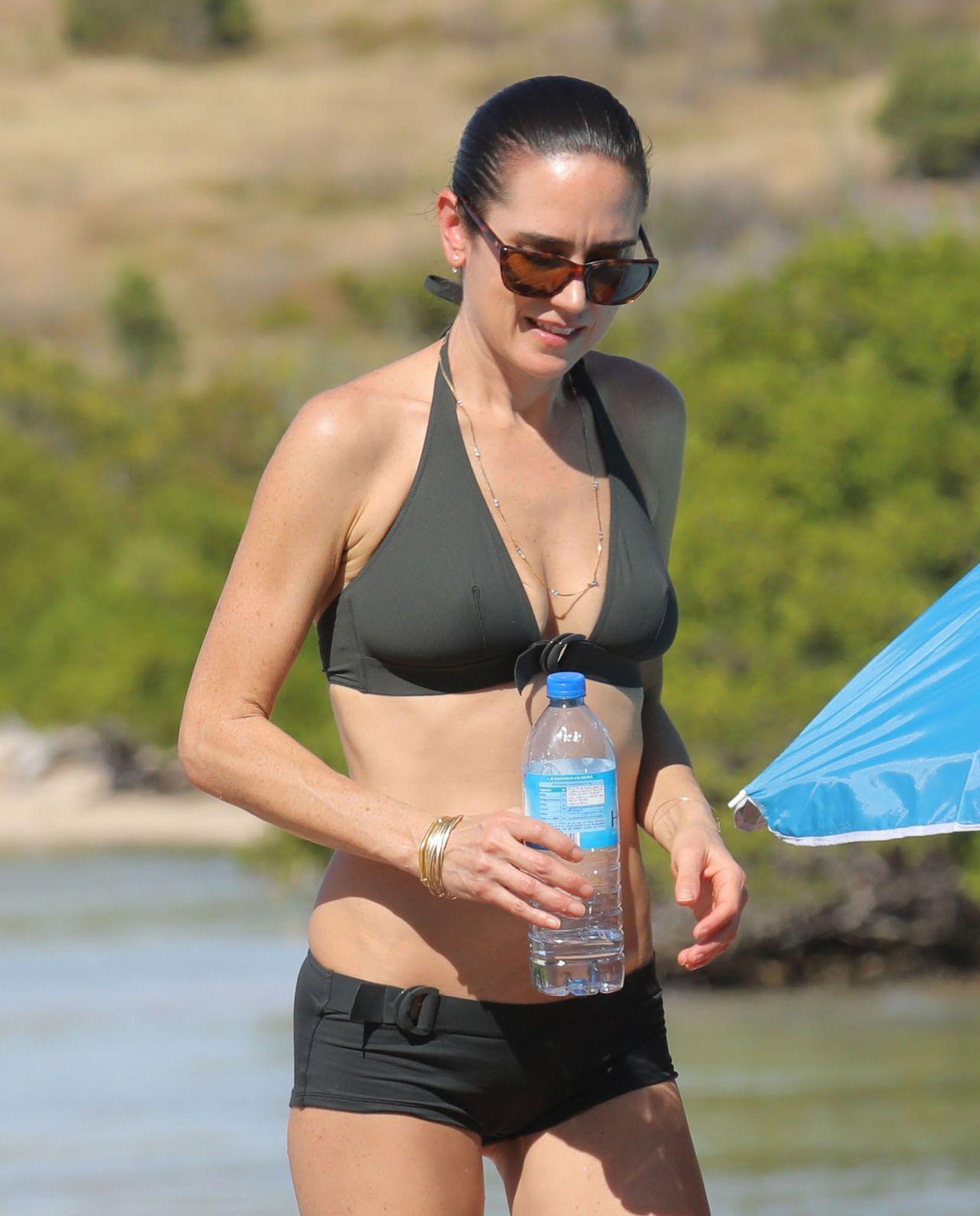 Jennifer Connelly In Bikini At A Beach In St Barts 2 17 2017