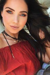Jessica Green Photos - Social Media 2/19/ 2017