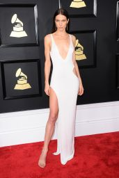 Jessica Miller on Red Carpet – GRAMMY Awards in Los Angeles 2/12/ 2017