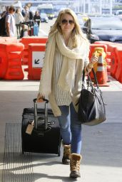 Julianne Hough Travel Outfit - LAX Airport in Los Angeles 2/15/ 2017