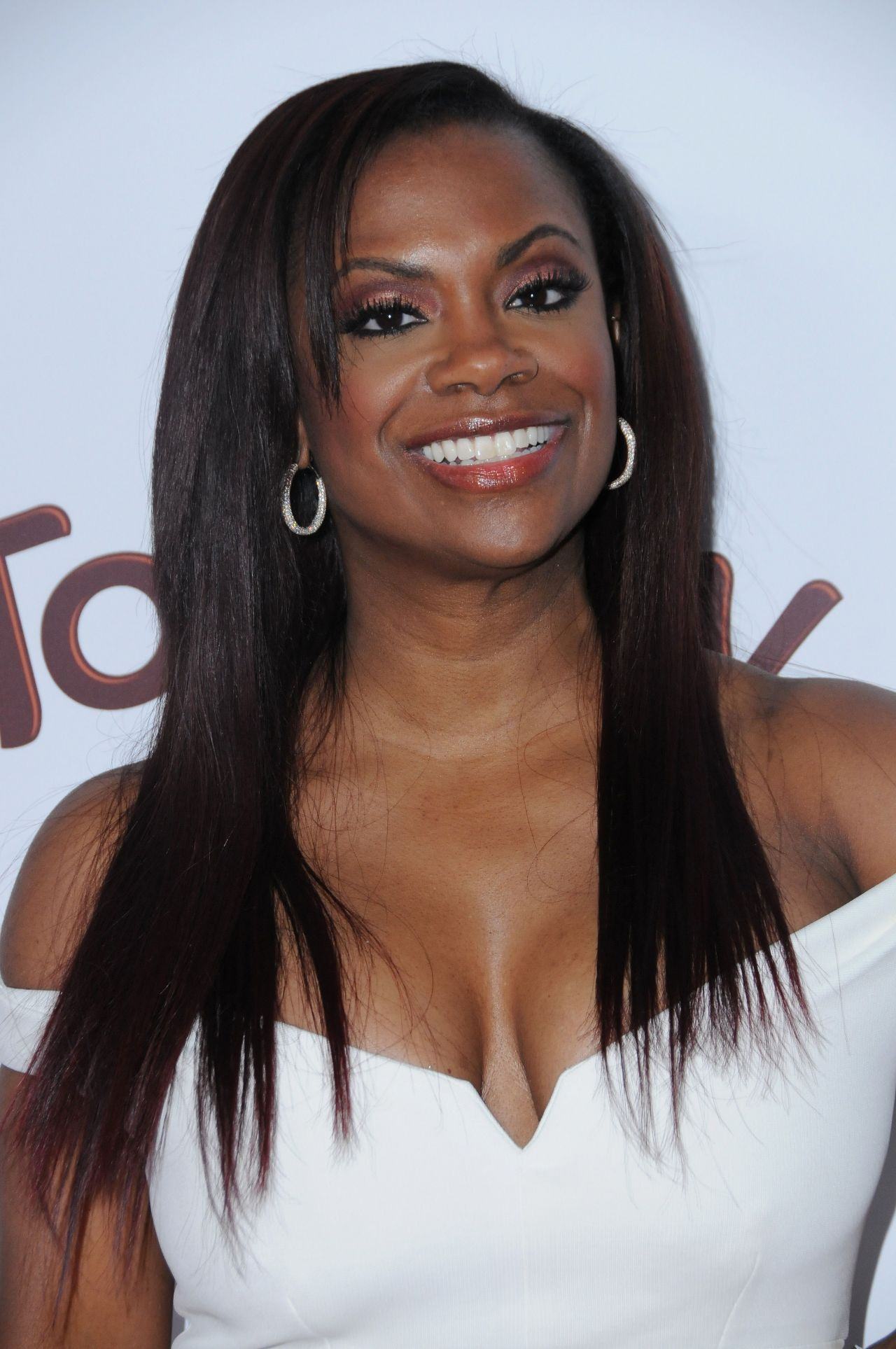 Kandi Burruss – OK! Magazine's Pre-Oscar Party in Los ...
